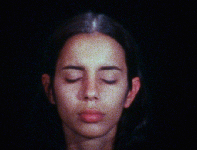 Sweating Blood 1973, Ana Mendieta Film super-8. © The Estate of Ana Mendieta Collection, LLC. Courtesy Galerie Lelong & Co.